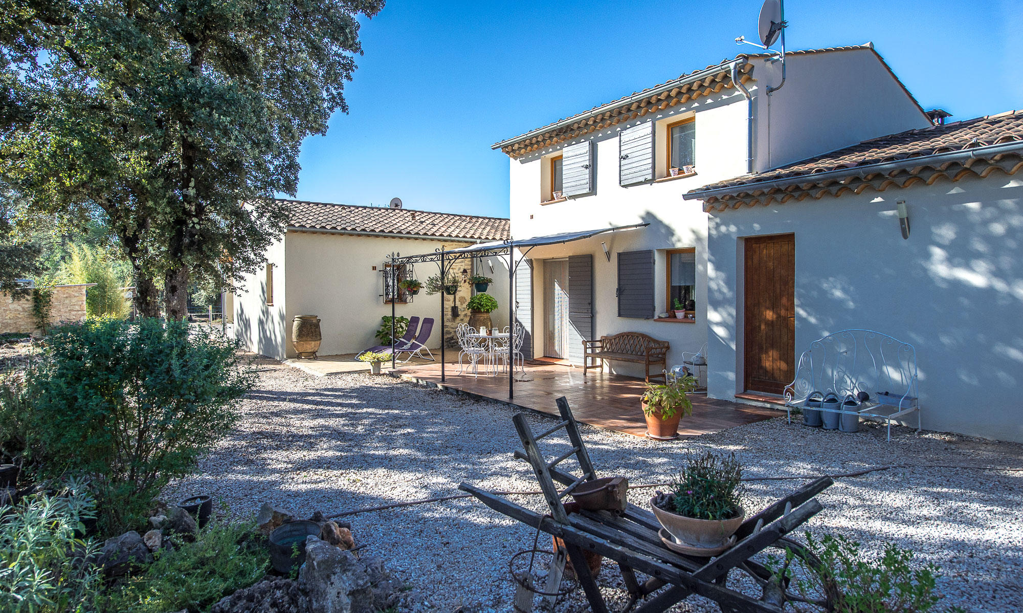 Charming House in Provence Verte